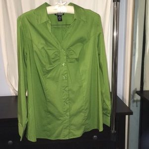 Lane Bryant long sleeve button down in green